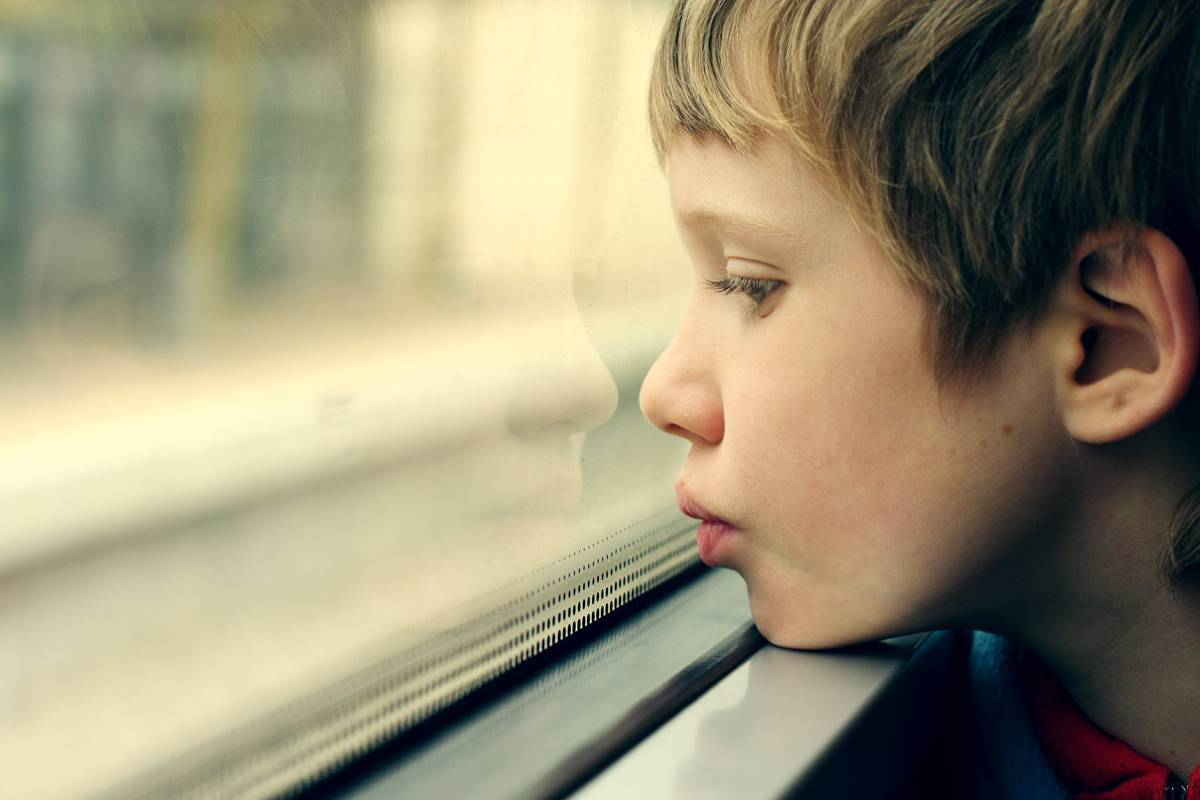 neurofeedback-sad-child-with-autism